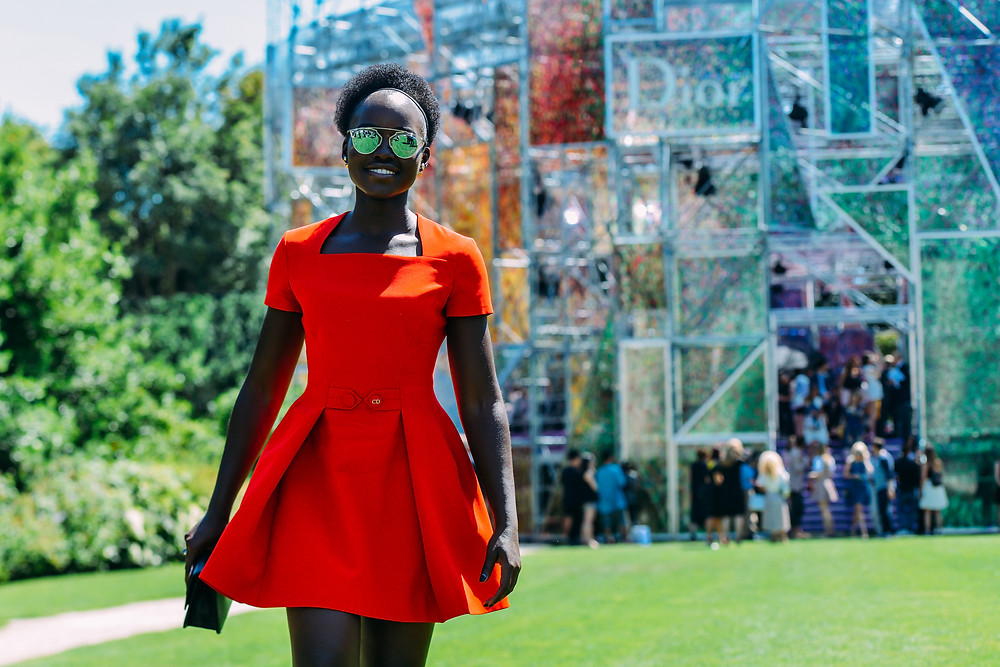 09-fall-2015-couture-street-style-05.jpg
