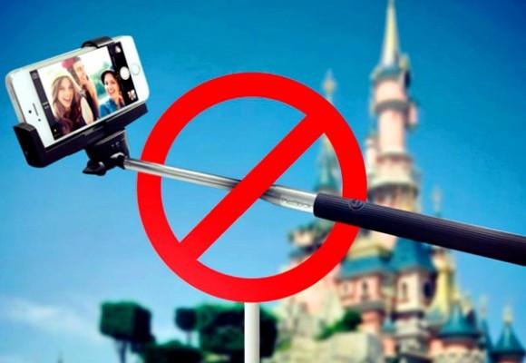 """Disney proíbe """"pau de selfie"""" nos parques"""