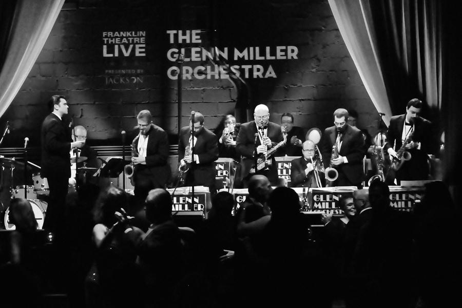 Glenn Miller Orchestra 2.jpg