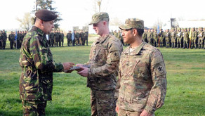 Soldiers receive Romanian award for aiding victims of car crash