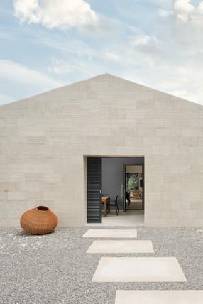Villa Barat entry