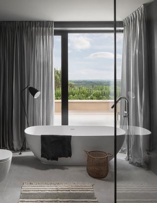 House Martinski bathroom