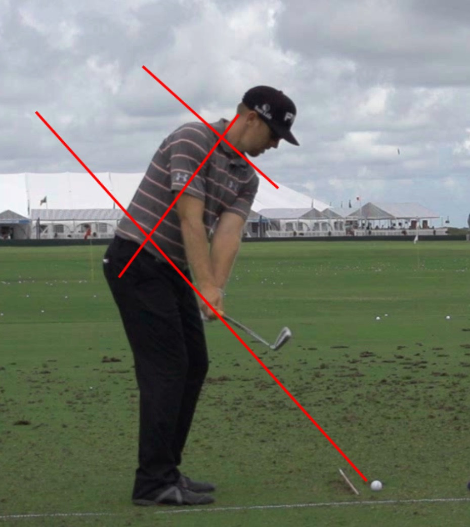 Hunter Mahan takeaway golf swing