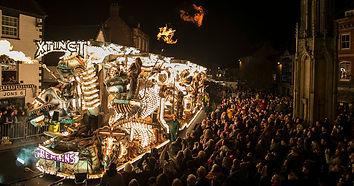 Glastonbury-festival-float.jpg