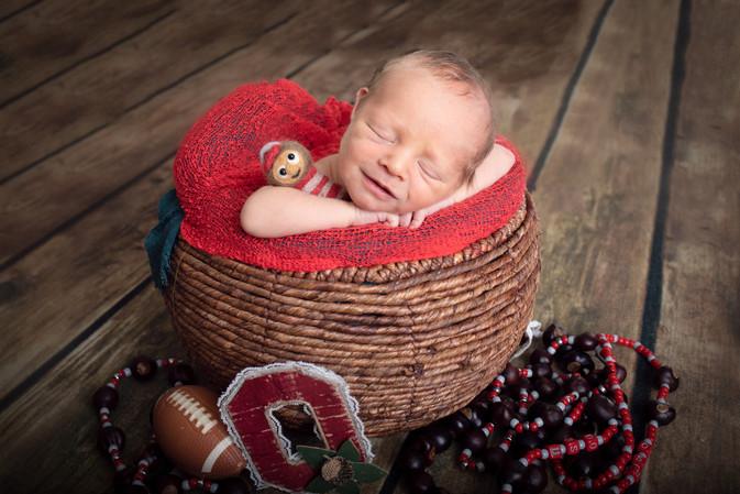 ohio state newborn photo