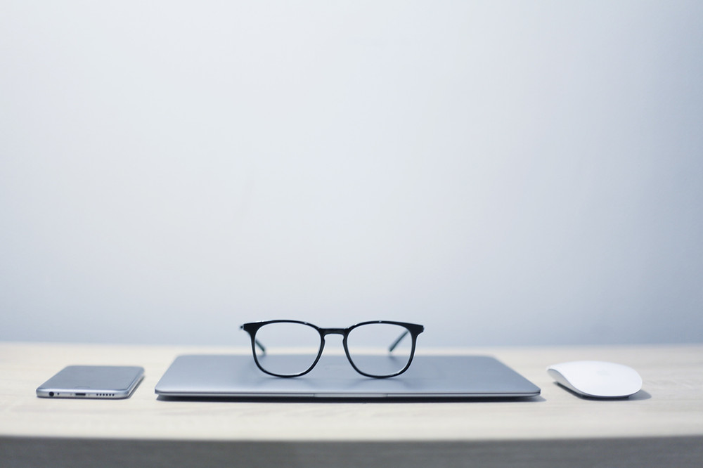 Glasses on Macbook
