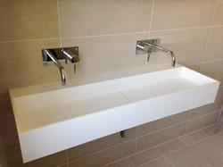 Double Basin in Modern Wetroom
