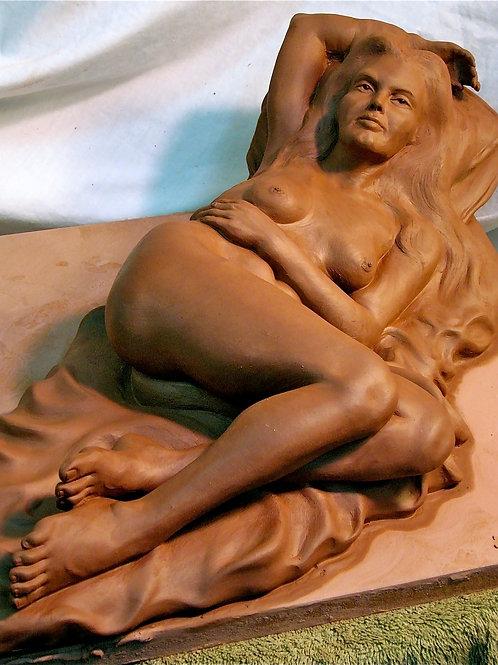 Moon Goddess, Daniel Myers, Sculpture - terracotta, 20 x 10