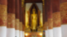 Standing Buddha in Wiang Sa