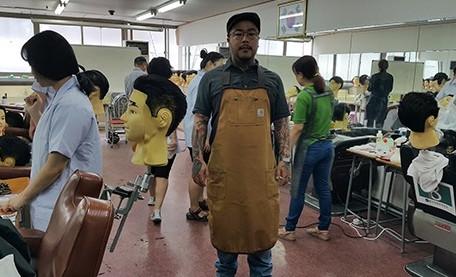 서울이용학원 진민준원장, '이용기능장' 남성최연소 이용장 합격