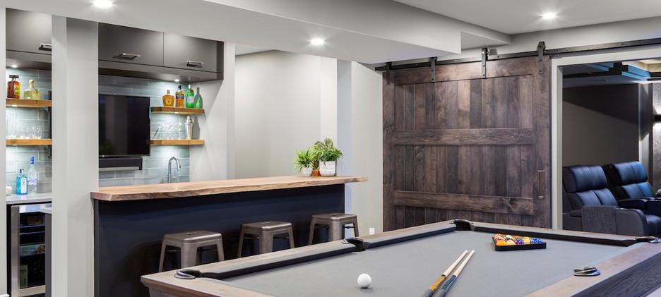 Epic Entertaining Bar & Billiards