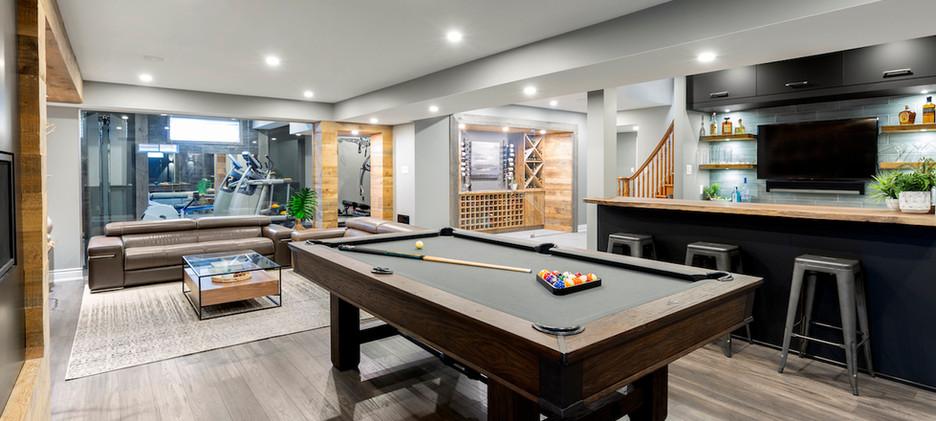 Epic Entertaining Billiards Room