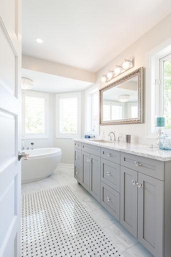 Ottawa Bathroom Designers ensuites Artium custom
