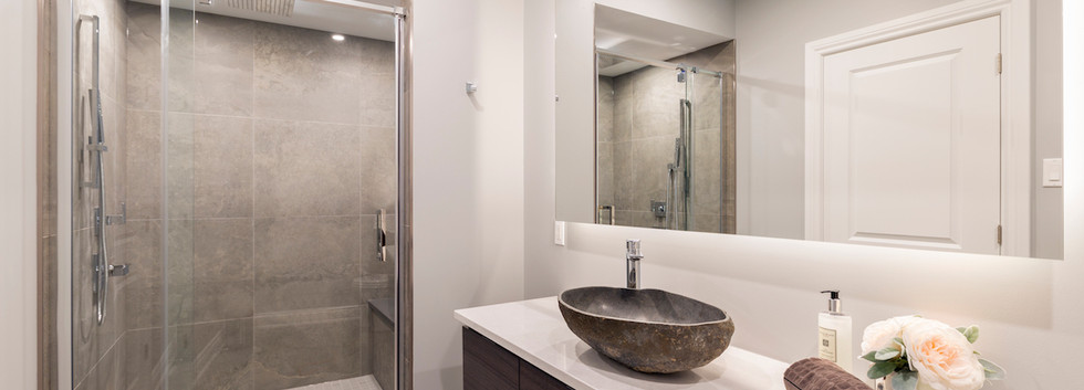 Epic Entertaining - Basement Bath