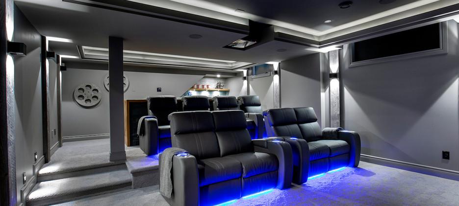 Epic Entertaining Home Cinema