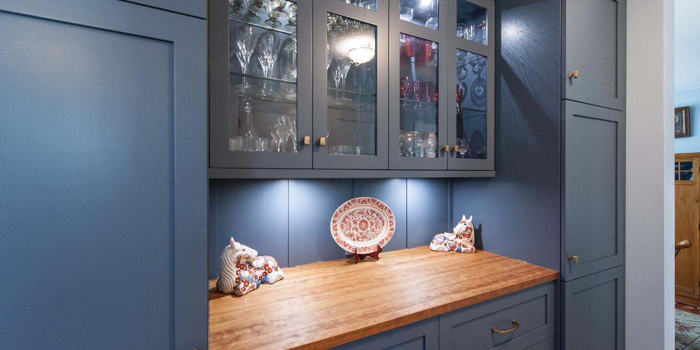 Country Kitchen Renovation by ARTium Design Build