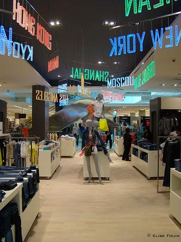 Elise Fouin Scénographie Boutique Magasin Galeries Lafayette Dubai