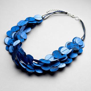 dark-light blue