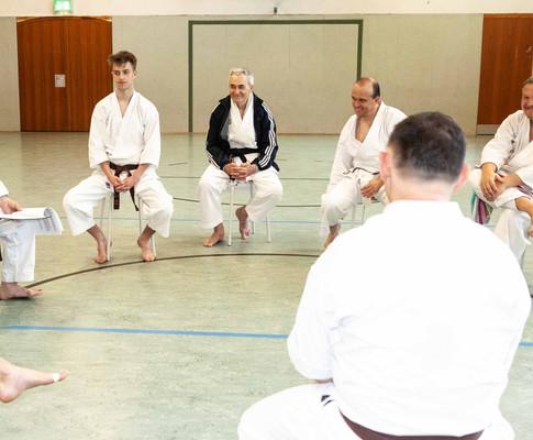 Lehrgang für Erwachsene und Jugendliche mit Richard Bara, 7. DAN in Wiedenbrück