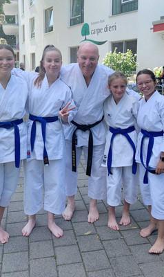BE_Karate-Vorführung-im-Altenheim-II.jpg