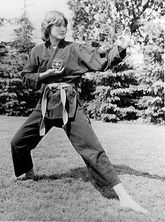 1977 Training Asahi Karate Verein.jpg