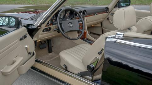 Mercedes-Benz_380SL_Cabriolet_0069_2048X1365.JPG