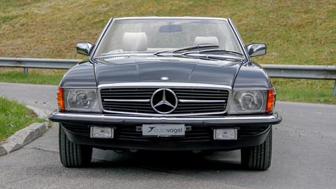 Mercedes-Benz_380SL_Cabriolet_0037_2048X1365.JPG