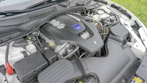 Maserati_Ghibli_S_Q4_0044_2048X1365.JPG