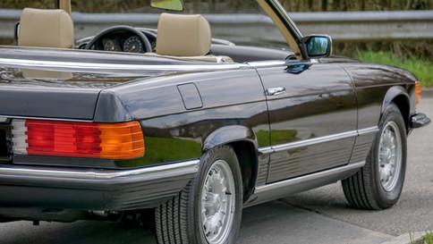 Mercedes-Benz_380SL_Cabriolet_0044_2048X1365.JPG