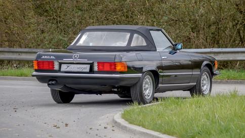 Mercedes-Benz_380SL_Cabriolet_0010_2048X1365.JPG