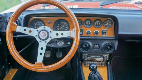 Fiat_124_Sport_Coupé_AC_0050_2048x1365.J