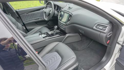 Maserati_Ghibli_S_Q4_0037_2048X1365.JPG