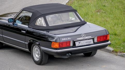 Mercedes-Benz_380SL_Cabriolet_0009_2048X1365.JPG