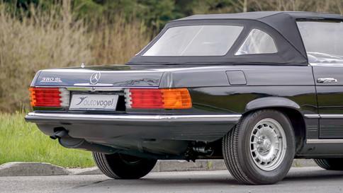 Mercedes-Benz_380SL_Cabriolet_0015_2048X1365.JPG