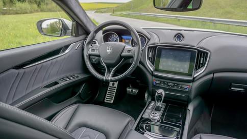 Maserati_Ghibli_S_Q4_0029_2048X1365.JPG