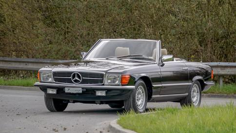 Mercedes-Benz_380SL_Cabriolet_0057_2048X1365.JPG
