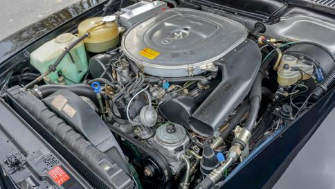 Mercedes-Benz_380SL_Cabriolet_0059_2048X1365.JPG