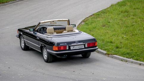 Mercedes-Benz_380SL_Cabriolet_0042_2048X1365.JPG