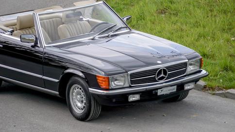 Mercedes-Benz_380SL_Cabriolet_0056_2048X1365.JPG