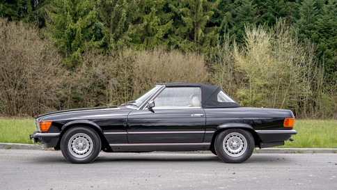 Mercedes-Benz_380SL_Cabriolet_0007_2048X1365.JPG