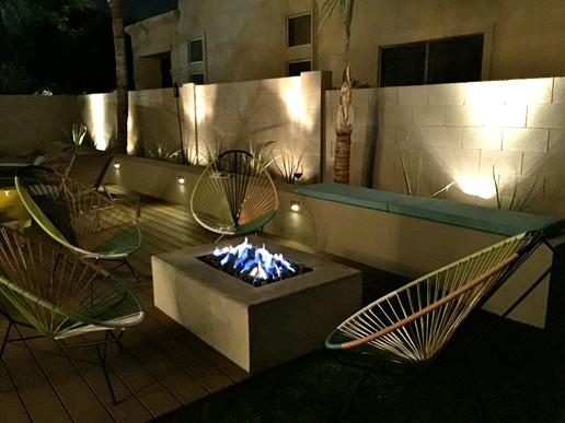 Gas Firepit and Modern Fireglass