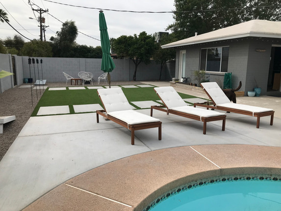 Simple with Pool Seating.jpeg