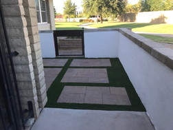 Front Yard Courtyard with Metal Custome Gate