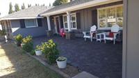 Front Yard Courtyard