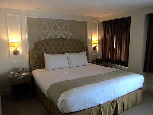 Hotel St. Ellis (1 Night)