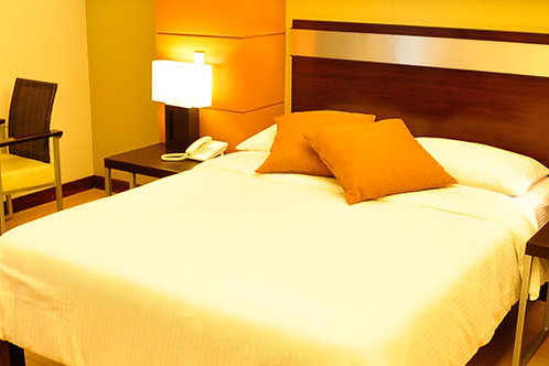 East View Hotel (1 Night)