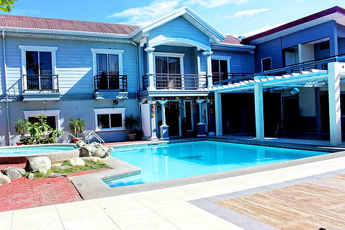 North View Hotel (1 Night) -Laoag