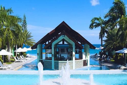 Acuatico Beach Resort (1 Night)