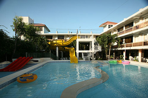 Splash Oasis Resort and Hotel (1 Night)