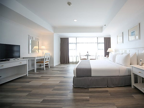 Infinity Tower Suites (1 Night)